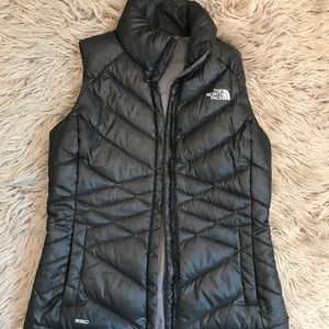 North face vest, great condition!